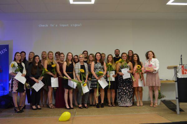 Abschlussfeier der Fachschule Sozialpädagogik, Berufsfachschule Sozialpäd. Assistenz und Berufsfachschule Informationstechnische Assistenz 2018